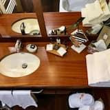 Pokój z 2 pojedynczymi łóżkami typu Superior - Łazienka