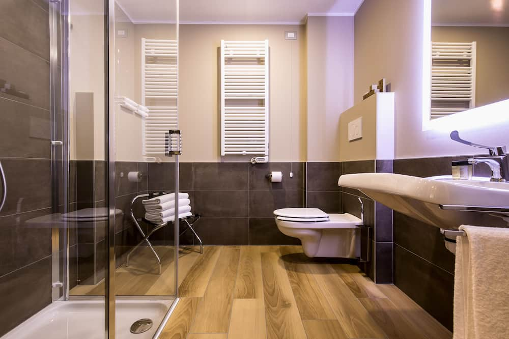 Chambre Triple Supérieure - Salle de bain