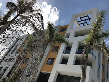 Picture of Apartments in Doral by LYX in Doral