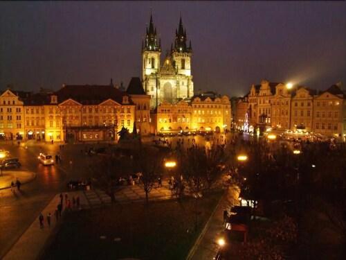Old town square premium apartments, Prague