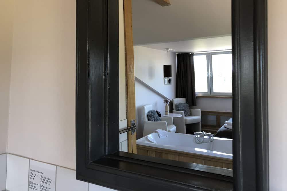 Phòng Cao cấp - Phòng tắm