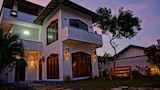 Choose This Cheap Hotel in Negombo