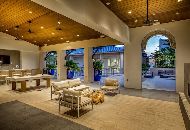 Mare Azur Design District Luxury Apartments, Miami, Living Area