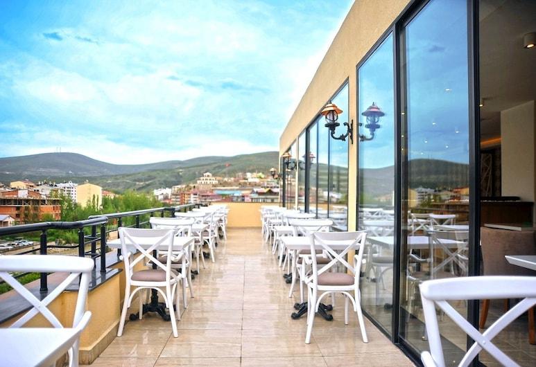 Buyuk Bayburt Hotel, Bayburt, Terrazza/Patio