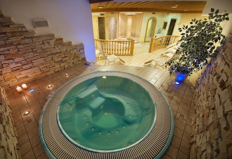 Hotel Valtellina, Livigno, Indoor Spa Tub