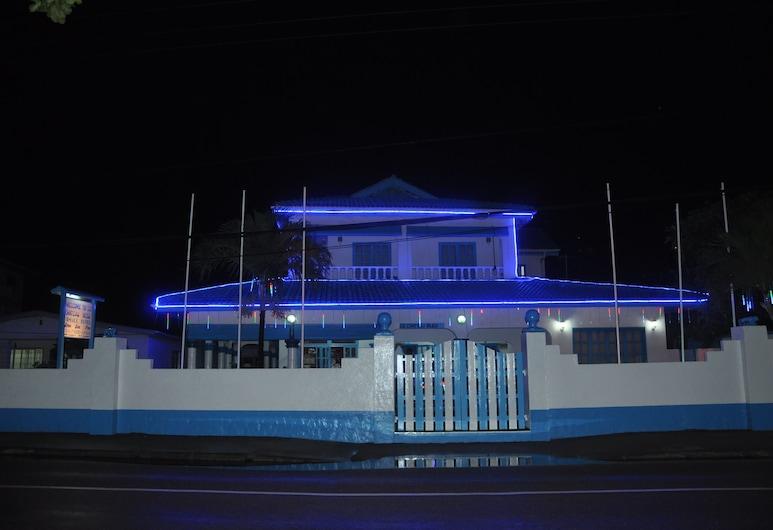 Le Chateau Bleu, Mahe Island, Hotel Front – Evening/Night