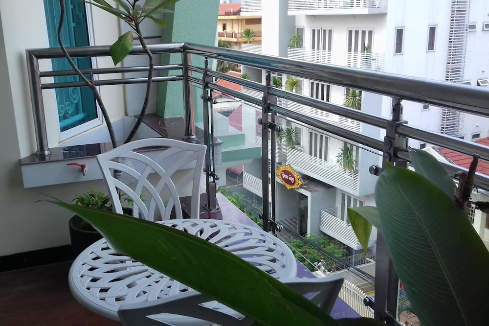 Departamento familiar, 2 habitaciones, cocina - Balcón