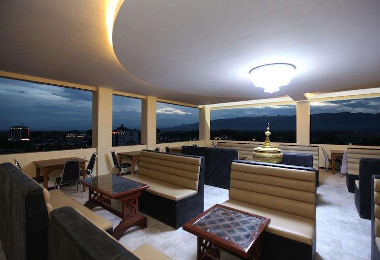 The Hotel Emperor Inle, Nyaung Shwe, Bar de l'hôtel