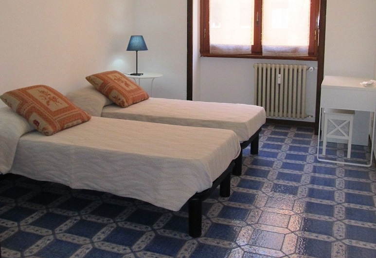 Welcome to my house Milano, Milan, Twin Room, 2 Twin Beds, Shared Bathroom, City View, Guest Room View