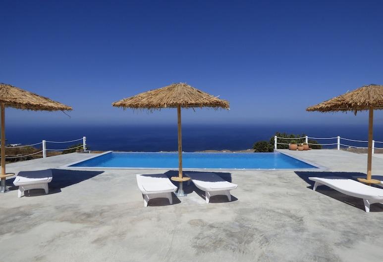 Rampelia apartments, Santorini, Outdoor Pool
