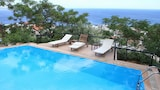 Reserve this hotel in Ikaria, Greece