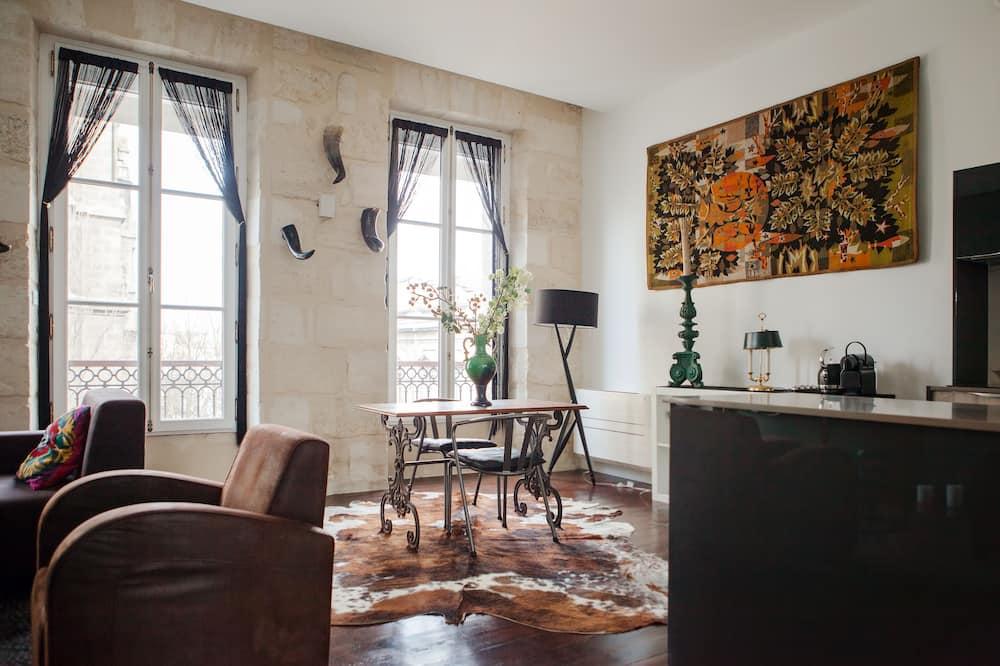 Suite (Kergomard) - Living Area