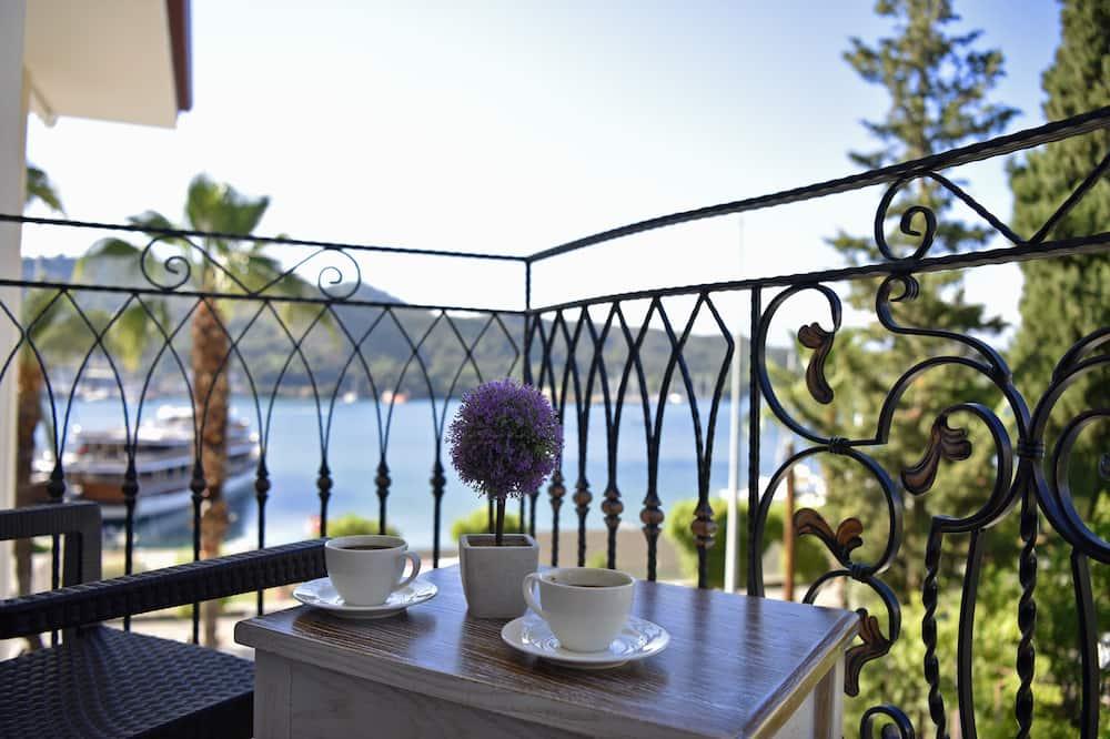 Deluxe-Doppelzimmer, eingeschränkter Meerblick - Balkon