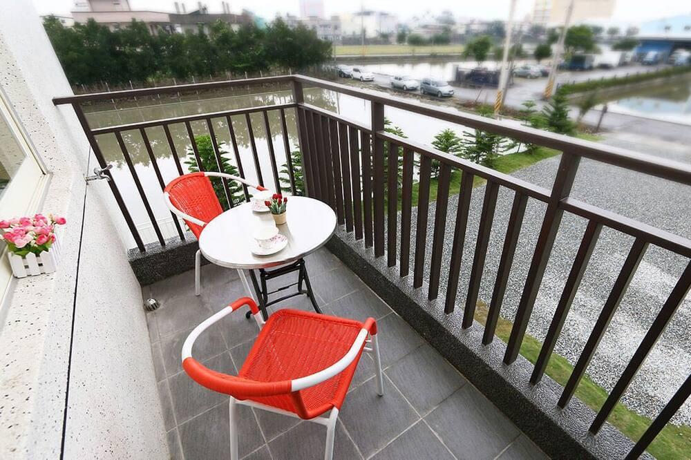 Comfort Quadruple Room - Balcony