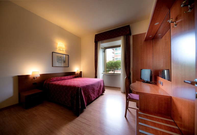 多莫斯阿皮亞 154 號酒店, 羅馬