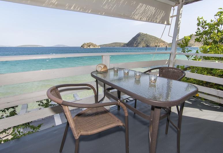 Poseidon Apartments, Nafplio, Külaliskorter, 1 magamistoaga, vaade merele (Ostria), Rõdu