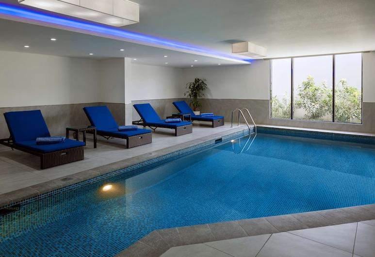 Radisson Blu Residence Dhahran, Khobar, Pool
