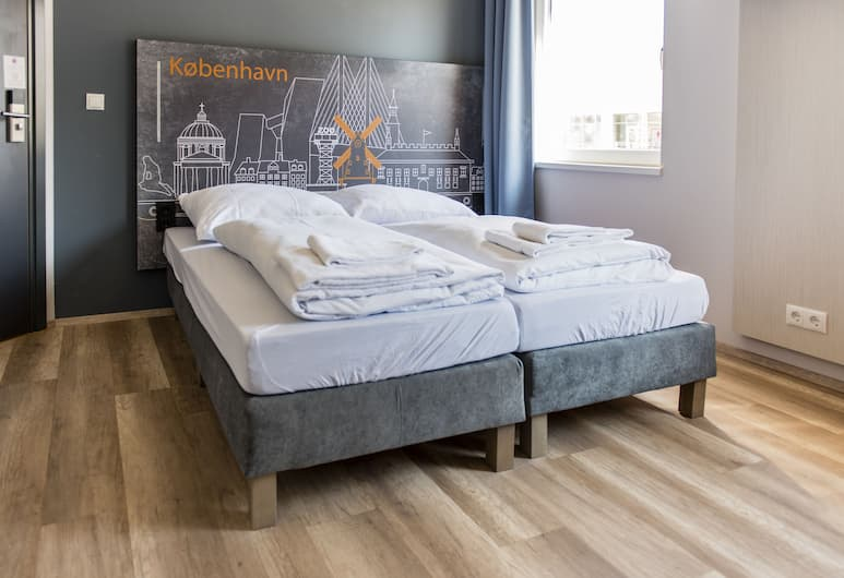 a&o Copenhagen Norrebro, Copenhagen, Single Room, Guest Room