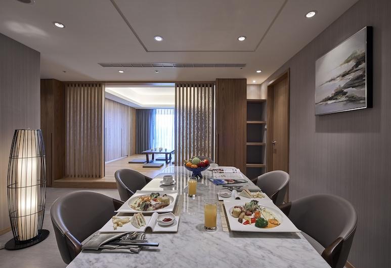 怡灣渡假酒店, 恆春鎮, 家庭套房, 3 間臥室 (和式連通房), 客房