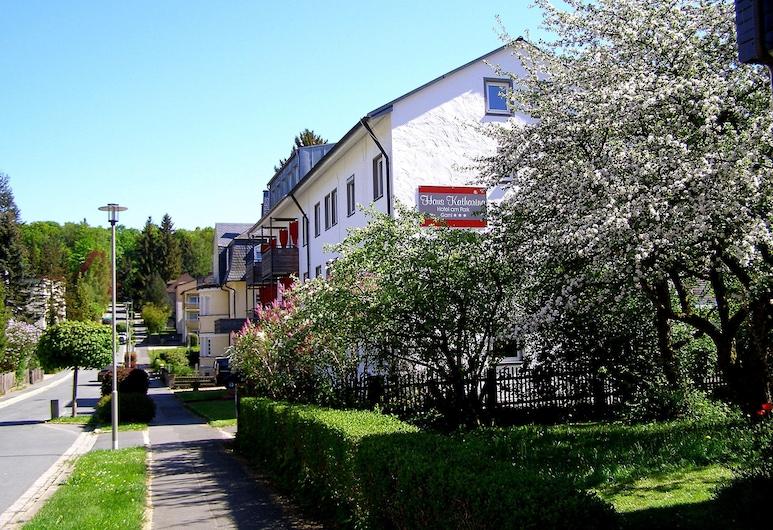 Haus Katharina - Hotel am Park, Bad Steben, Fachada del hotel