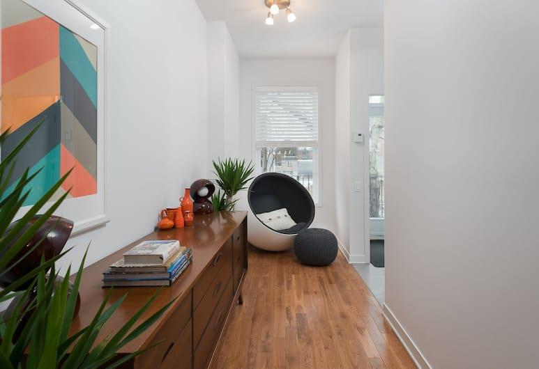 Sonder - Saint-Hubert, Montréal, Suite Deluxe, 3 chambres, balcon, Coin séjour