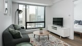 Nuotrauka: Central 1BR in Downtown MTL by Sonder, Monrealis