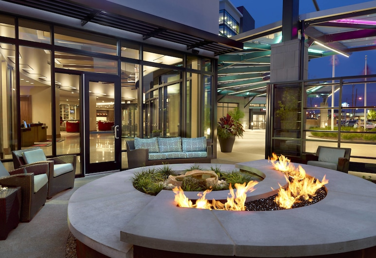 Marriott Columbus University Area, Columbus, Terrace/Patio