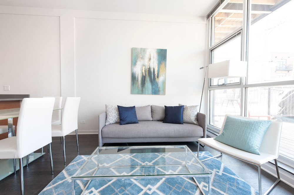 Sleek 2br In Lincoln Park By Sonder Chicago City Apartment 2 Bedrooms