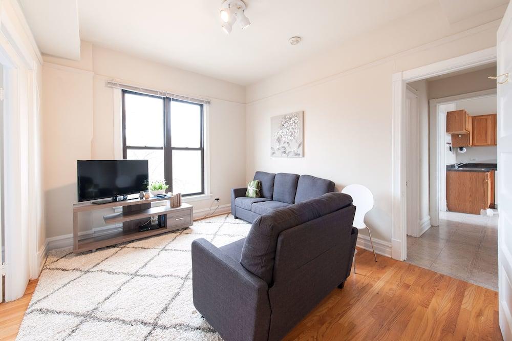 City Apart Daire, 3 Yatak Odası, Sigara İçilmez, Mutfak (Floor #3, Unit #3E) - Oturma Odası