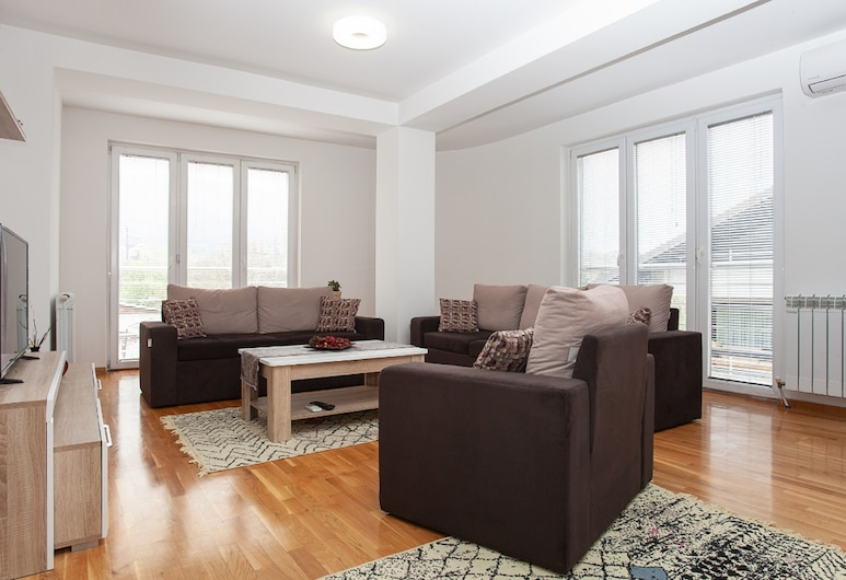 Urban Serviced Apartments, Skopje, Superior Apartment, 2 Bedrooms, Balcony, Living Area