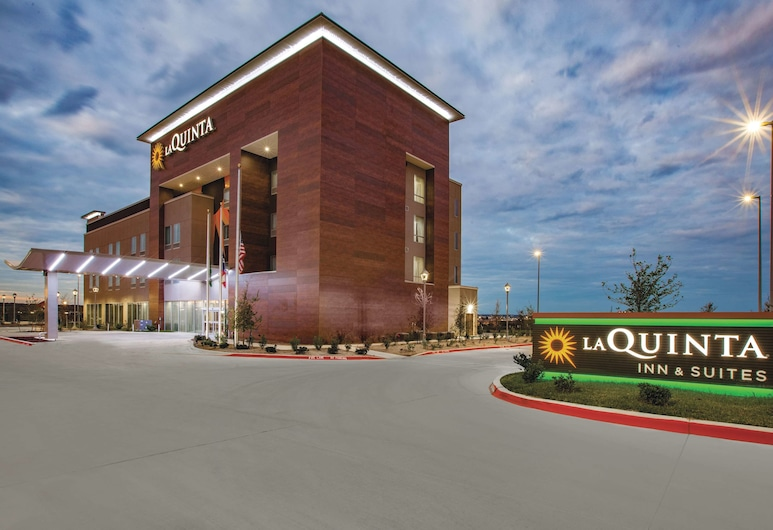 La Quinta Inn & Suites by Wyndham San Marcos Outlet Mall, San Marcos