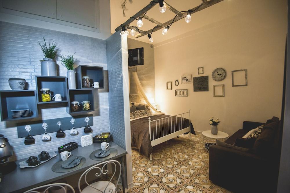 Prenota Elegant B&B Il Vicolo storico a Salerno - Hotels.com