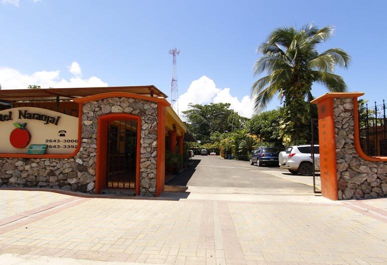 Hotel Naranjal, Jaco, Viešbučio fasadas