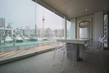奥克蘭水濱三房公寓酒店的圖片