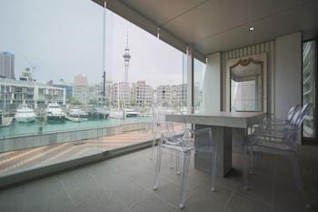 Auckland bölgesindeki Waterfront Three Bedroom Apartment resmi