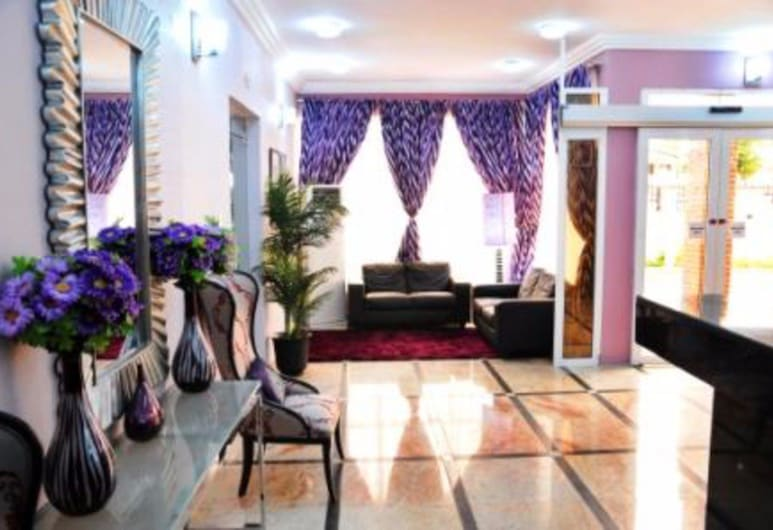 Purple Tulip Hotel and Resorts, אבוג'ה, לובי
