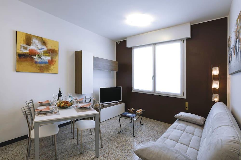 Dzīvokļnumurs, viena guļamistaba, skats uz pilsētu - Dzīvojamā istaba