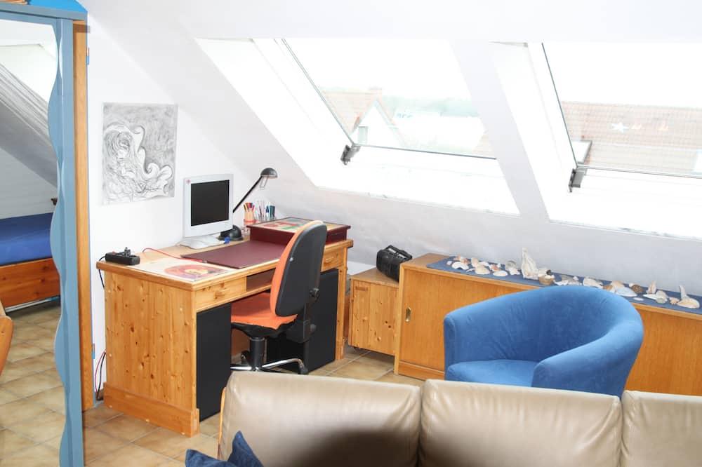 Business studio, Meerdere bedden, privébadkamer, uitzicht op meer (+30€ cleaning fee) - Woonruimte