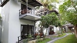 Choose This 2 Star Hotel In Kampot
