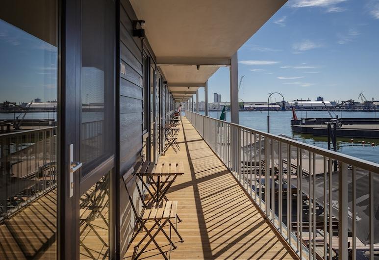 Smiltynes Jachtklubas, Klaipeda, Porch