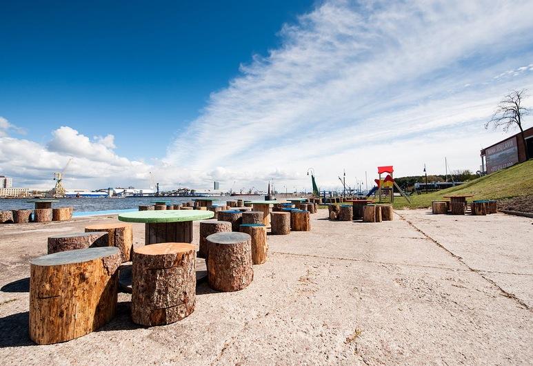Smiltynes Jachtklubas, Klaipeda, Outdoor Dining
