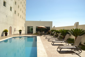 Enter your dates to get the San Jose del Cabo hotel deal