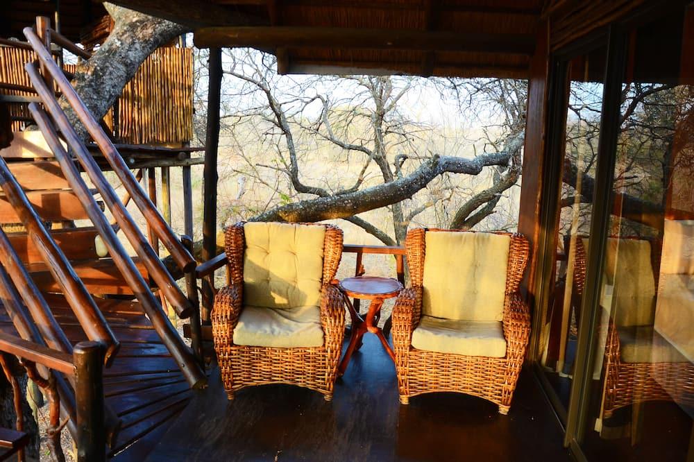 Marula (Luxury Family Tree House)  - Obývačka