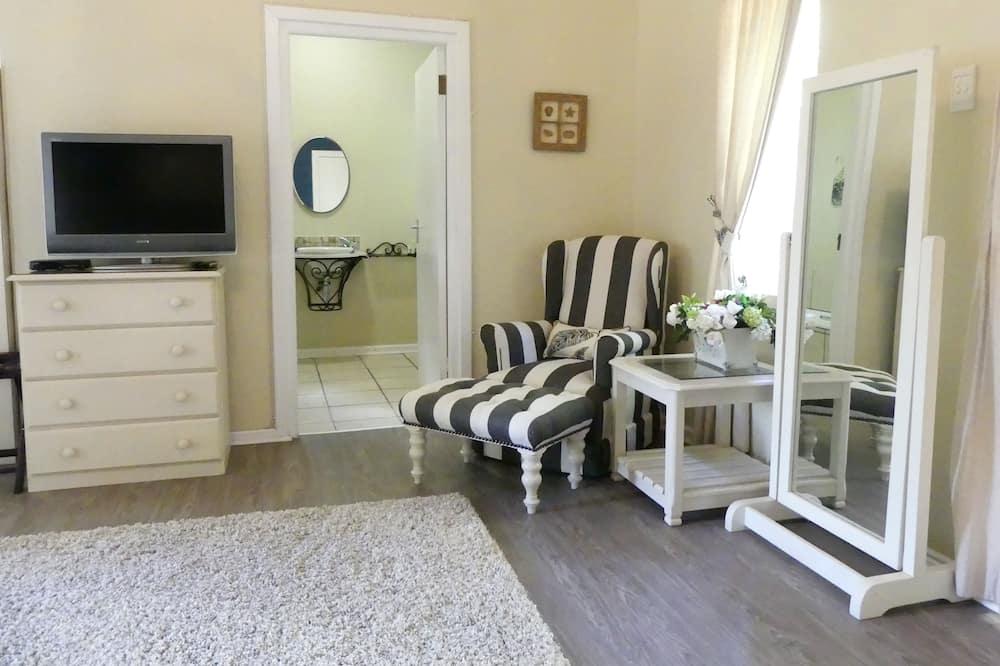 Luxusní apartmá, 1 ložnice, výhled do zahrady - Obývací prostor