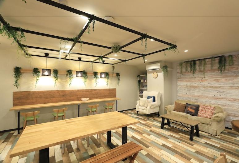 젠라보 오사카 - 호스텔, 오사카, 내부 입구
