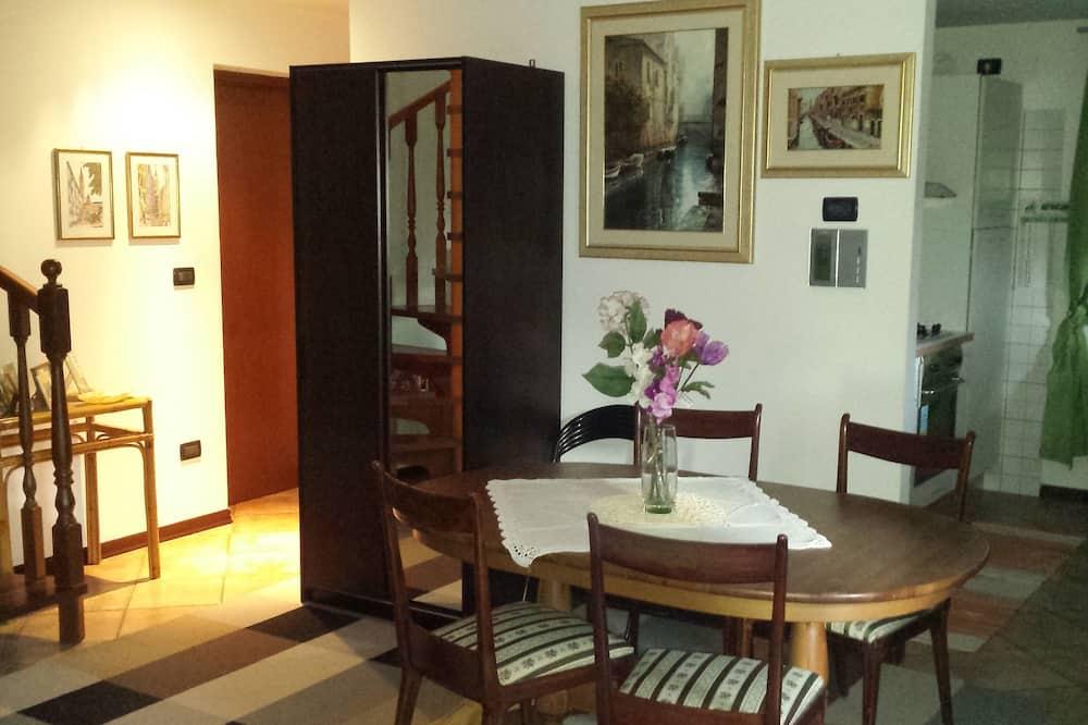Apartament, na parterze - Salon