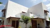 Book this Free Breakfast Hotel in Anuradhapura