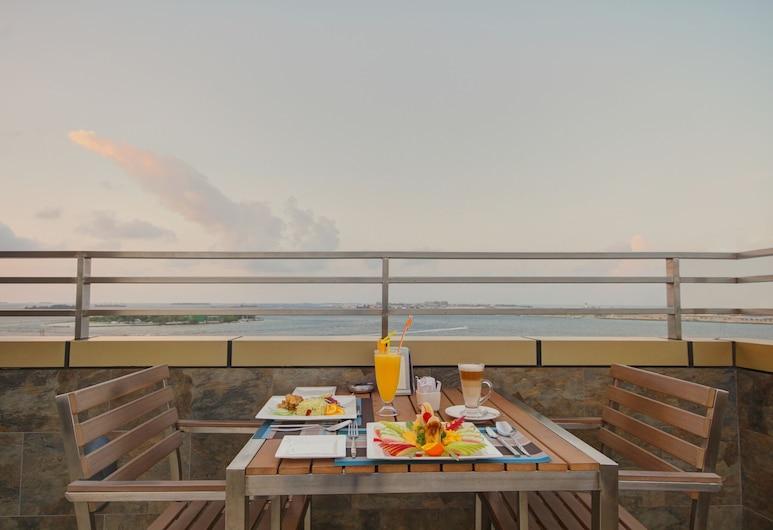 UNIMA GRAND, Malé, Restaurant
