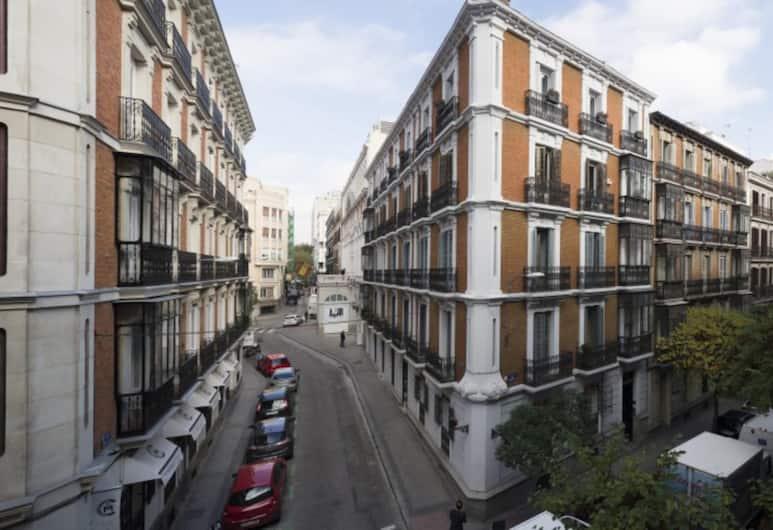 Modern Flats in Justicia by Allô Housing, Madryt, Z zewnątrz