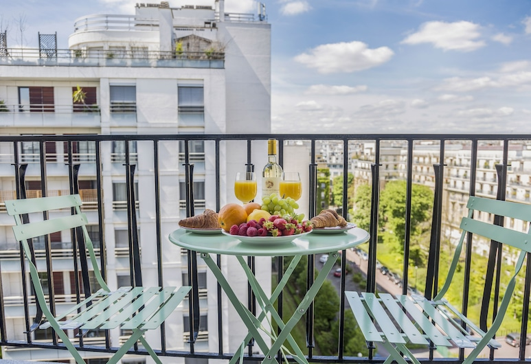 EUROPEA Eiffel Tower View Residence, Paryż, Apartament, Taras/patio